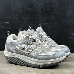 Woman's Skechers Shape Ups Sneakers